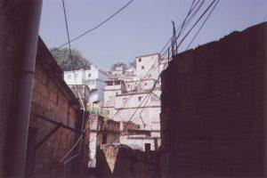 Favela Descending